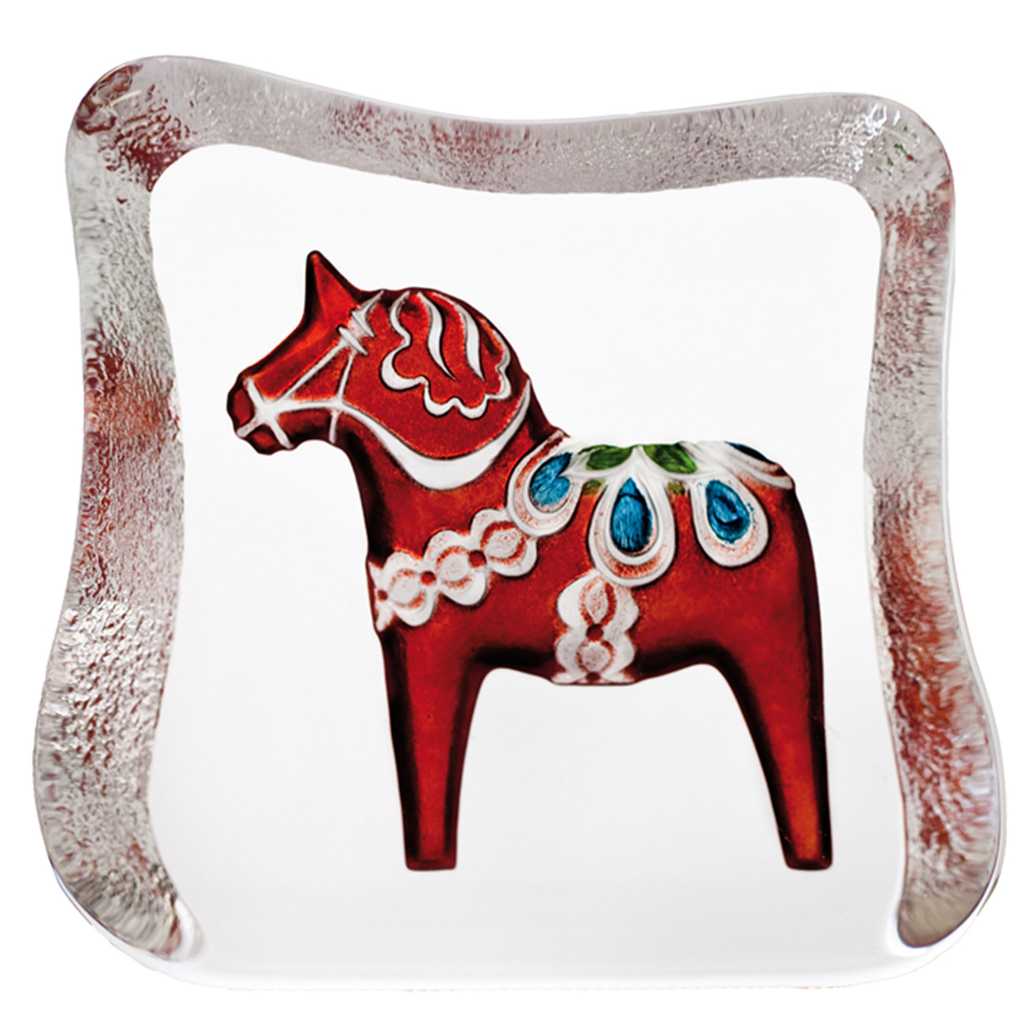 The Dalicarlian horse is a traditional symbol of Sweden. The Dalicarlian horse has its origin in the Swedish province of Dalarna and was first made as a toy for children in the 17th century. Brand: Mats Jonasson Målerås Data: Size: 95 x 110mm Designer: Robert Ljubez